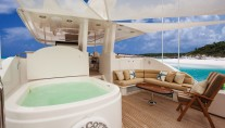 HIGH COTTON - Sundeck Spa Pool